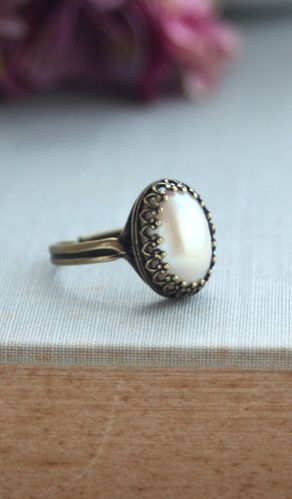 pearl ring vintage inspired