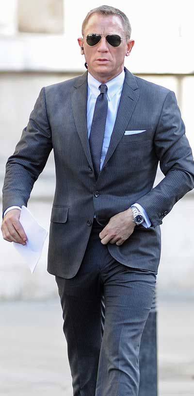 Daniel Craig as James Bond 007 in the new 007 film Skyfall can be seen here on set in London wearing the Tom Ford Marko Sunglasses. Tom ford Marko model number TF144 08B Shiny Gunmetal.