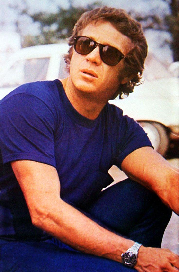 Sonnenbrillen. Steve McQueen trägt hier eine teure Sonnenbrille von Persol. Andere hochpreisige Marken sind gebraucht ebefalls erschwinglich und wenn man auf Gläser und Gestell achtet, kann man auch hier echte Schmuckstücke gebraucht ergattern. #persol #sunglasses #vintage