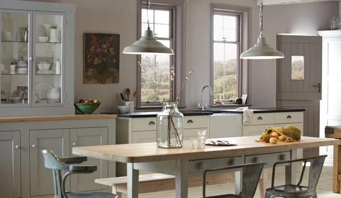 The Traditional Kitchen | Traditional Kitchen Design | Kitchen Design Guides | Howdens Joinery