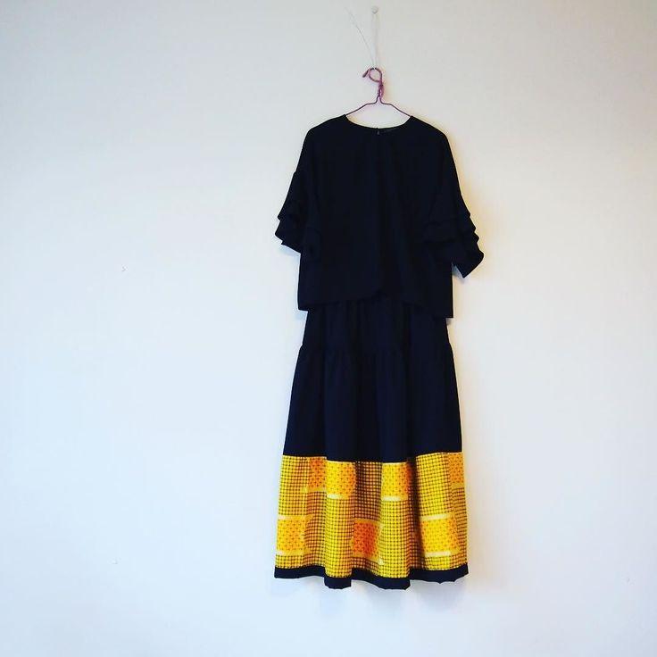 黄色い銘仙のお着物が1枚手に入ったのでぐるり1周使ってみた  #kimono  #kimonofashion  #antiquekimono  #vintagekimono  #japanesekimono #kimonojacket #kimonocardigan #haori  #craftsmanship  #Welovecollect  #bohostyle  #bohochic  #rikashioyaboutique #hongkonghandmade #着物 #着物リメイク #銘仙 #etsy #creema #浴衣 #浴衣リメイク