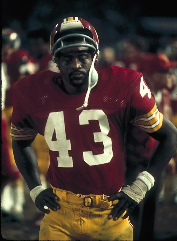 ... Greatest Redskins Larry Brown Running Back 9eb3ed24b
