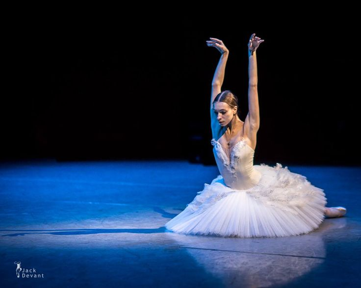 Bolshoi Prima Ballerina Olga Smirnova - Photo by Jack Devant