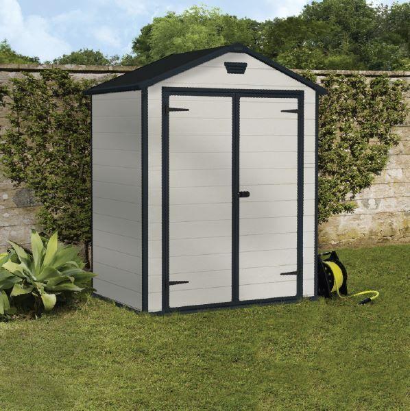 Oltre 25 fantastiche idee su casette da giardino su - Casette da giardino in pvc ...