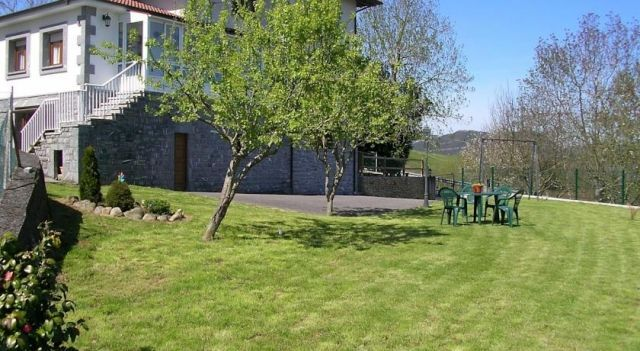 Apartment Roxu Cangas De Onis - 3 Sterne #Apartments - CHF 91 - #Hotels #Spanien #CangasDeOnis http://www.justigo.ch/hotels/spain/cangas-de-onis/roxu-7_10873.html