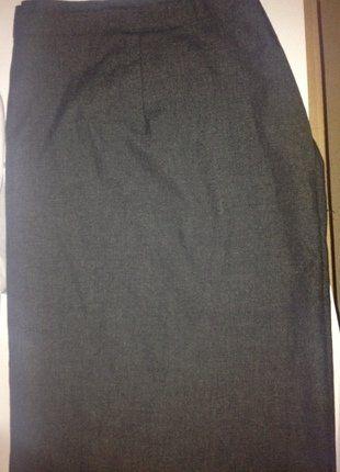 À vendre sur #vintedfrance ! http://www.vinted.fr/mode-femmes/autres-jupes/35107368-jupe-tailleur-grande-taille-a-porter-pour-aller-travailler-a-une-reunion-professionnel