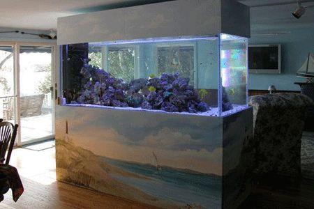 Large tropical fish tanks as room dividers, attractive aquarium decoration and painting, unique interior design ideas