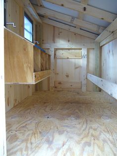 inside chicken coop pictures   Chicken Coops   Amish Built Coops & Chicken Houses