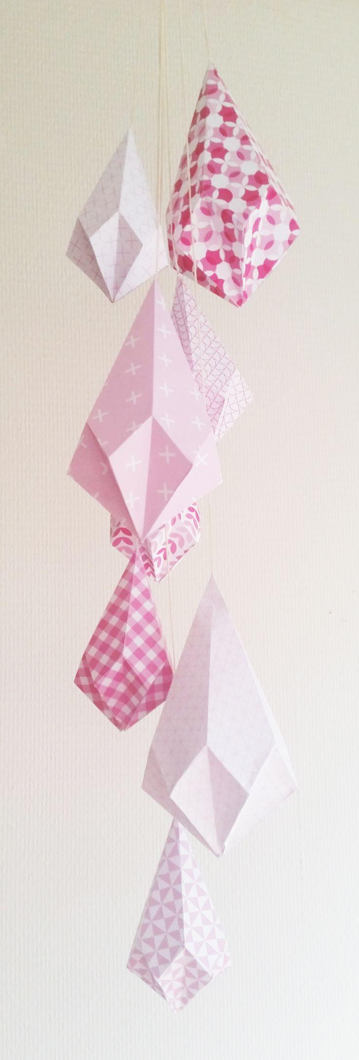 Papier kristallen met roze papier van http://www.ankepankesshop.nl