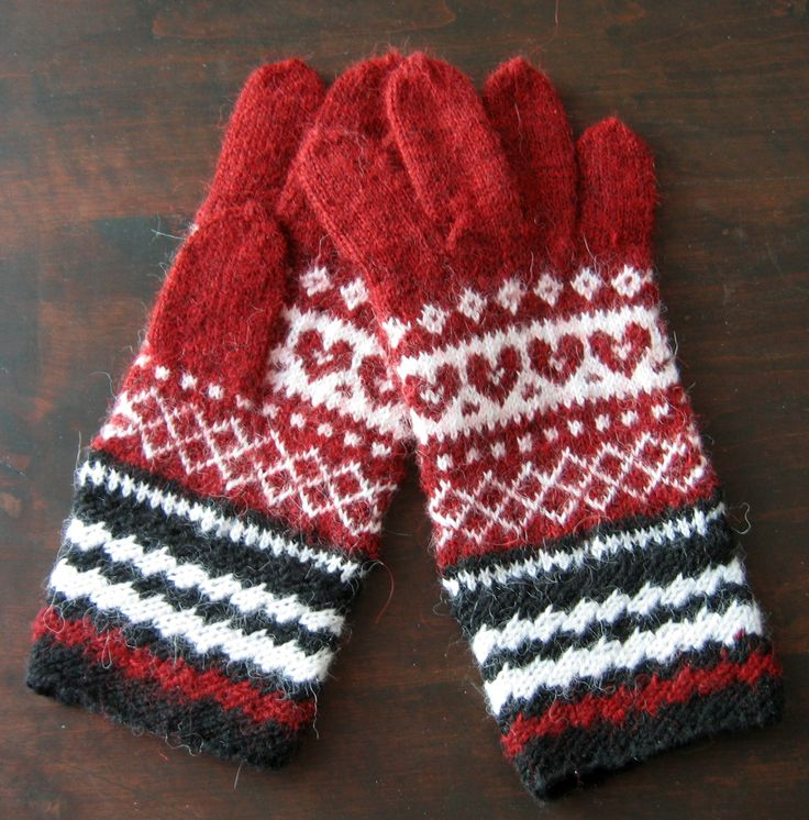 Hand knit wool gloves. Knitted patterned gloves. White, red and black gloves. Estonian handcraft. Gift. Autumn, winter. https://www.etsy.com/listing/465266426/hand-knit-wool-gloves-knitted-patterned?ref=shop_home_active_5