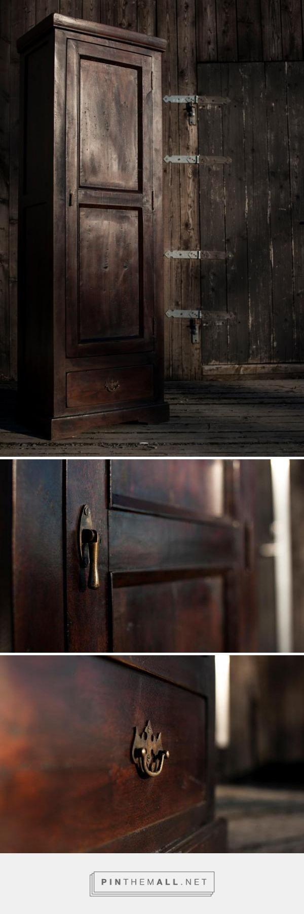 Oro/Dark Wood Skap, 60x40x180 3000,-