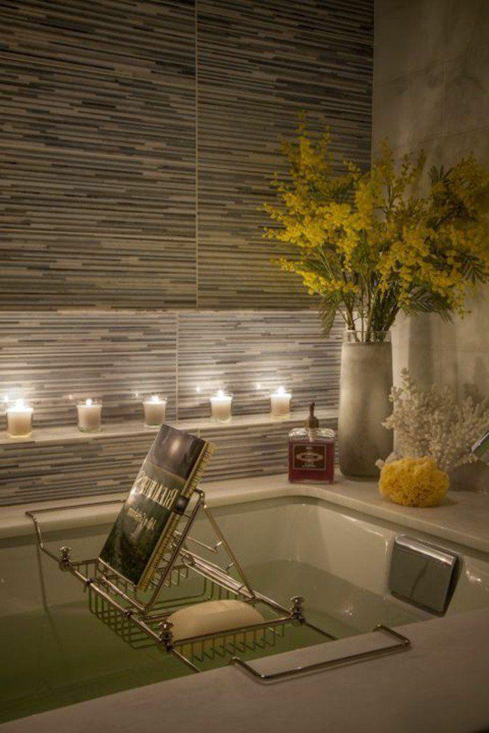 jolie salle de bain zen avec bougie parfumée, meuble salle de bain bambou pas cher