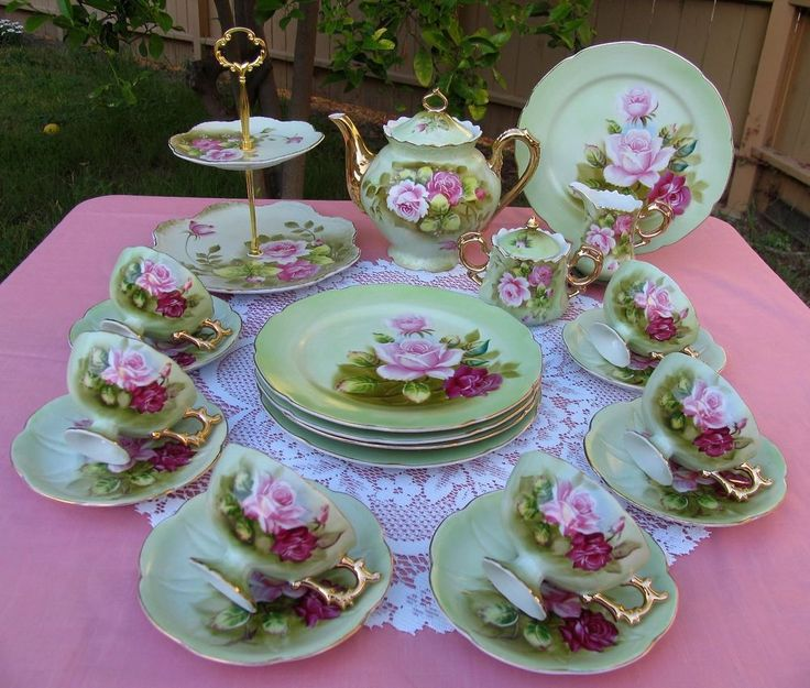17 Best Images About Lefton Heritage On Pinterest Salt Pepper Shakers Tea Cups And Green Rose