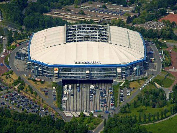 FC Schalke 04  Veltins Arena Capacity: 78.996