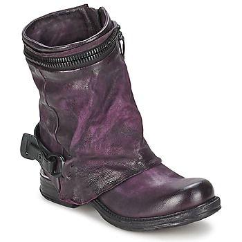 In sattem #violett präsentieren sich diese stylischen #boots von AirStep. Rockig, originell und aus hochwertigem #leder! #damenschuhe #lederschuhe #modetrends