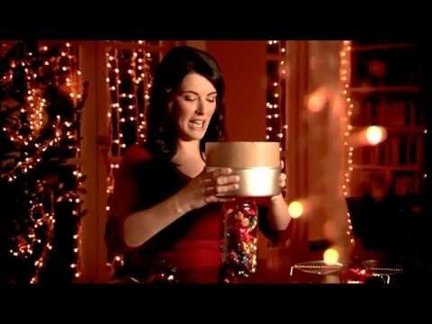 Oh I have to try this!  Nigella's Quick Christmas Cake with Chocolate & Tia Maria - FULL Recipe!  Might have a wee snifter of Tia Maria whilst I watch it, haha.