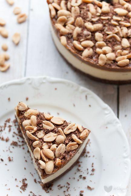 Kajmakowy sernik jaglany - snikers | erVegan - kuchnia roślinna