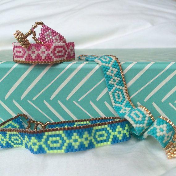 Beaded Bracelet. Seed bead bracelet. Peyote by TheSoulSalt on Etsy