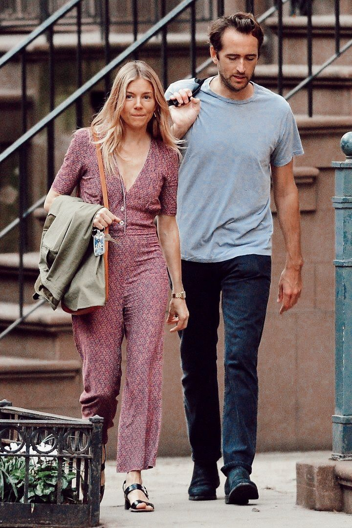 Pin By Meriah Gomez On Your Pinterest Likes Sienna Miller Style Sienna Miller Celebrity Style Inspiration