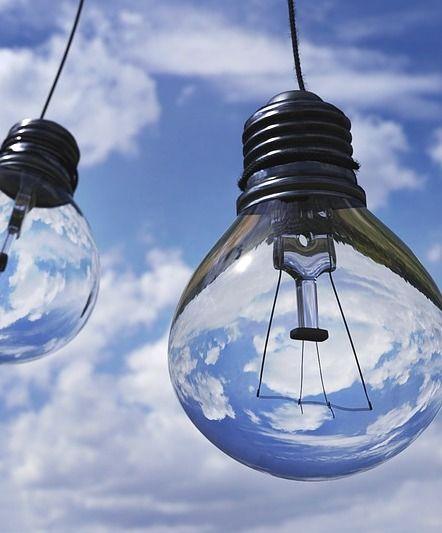 Ce becuri folosim la iluminat. Avantaje si dezavantaje