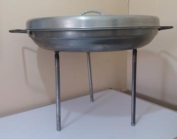 Disco para Asados en fierro 52 cm con Tapa Aluminio 53 cm   www.losparrilleros.cl