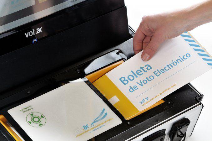 Paso a paso: ¿Cómo es la votación con la nueva Boleta ÚI?   #Elección2015, Ciudad