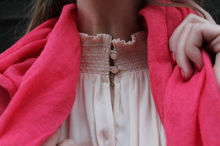 Robin tunic in Cream // FW16 // Eclipse // Cilla scarf in Poppy // AW16 // La Femme Allure // Dea Kudibal