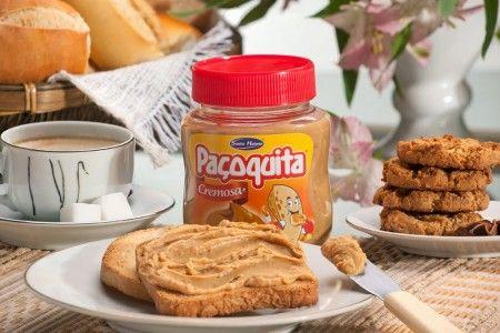 - 500 g de amendoim torrado e sem a casca -2 colheres (de sopa) de mel -2 colheres (de sopa) de óleo de amendoim -2 colheres (de sopa) de...