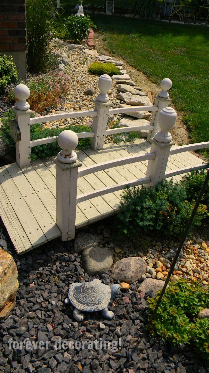 Garden designs with bridges and wishing wells landscaping ideas - 25 Gorgeous Dry Creek Bed Design Ideas