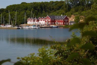 Dyvig Badehotel   VisitDenmark