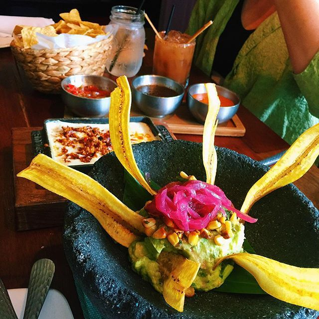 Pin for Later: 50 States, 50 Guacamoles You Must Dip and Redip In Kentucky Where: Guaca Mole in Louisville, KY Why It's the Best: As if the name doesn't say enough, just check out this photo. Need we say more?