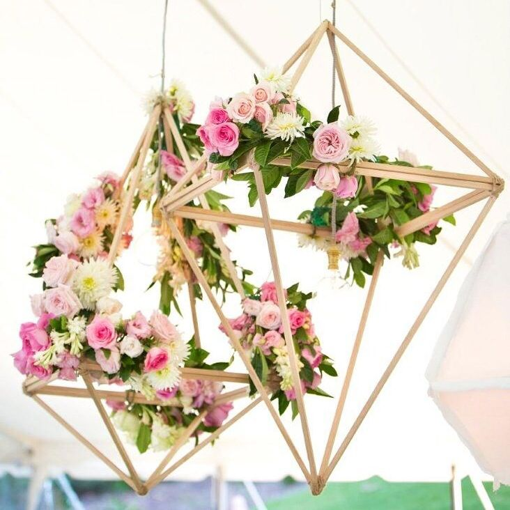 This geometric flower lantern is the perfect mix of modern elegance! We just can't get enough!