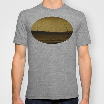 Atracción T-shirt by unaciertamirada - $18.00
