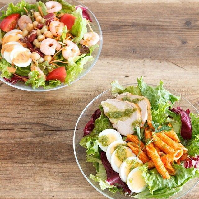 本日、8/20~ティースタンド表参道でサラダメニュー『海老と3種のコブサラダ』と『スモークチキンと卵のイタリア風サラダ』の2種を先行発売!http://bit.ly/1lgpo2w お仕事やお買い物の合間に、新メニューのサラダはいかが。パンや紅茶のセットでカジュアルなサラダランチにしたり、人気のひんやりドリンクや軽食と合わせたり。9/4~はティースタンド全店で販売スタートします。毎日の生活に気軽にサラダをプラスしてみて。 #ティースタンド #アフタヌーンティー #サラダ #salad #shrimp #afternoontea #TEASTAND