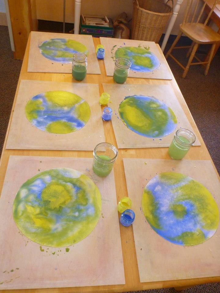 Earth Day Watercolor Children's Craft / Art Project - Great for Pre-K Complete's Earth Day theme! Repinned by Pre-K Complete - follow us on our blog, FB, Twitter, & Google Plus!