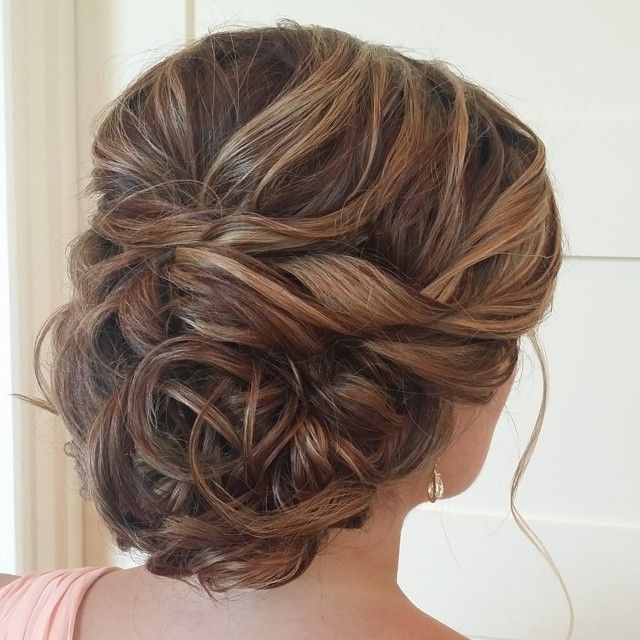 This actually looks pretty perfect, wish i could see the front - 20 Killer Swept-Back Wedding Hairstyles - MODwedding