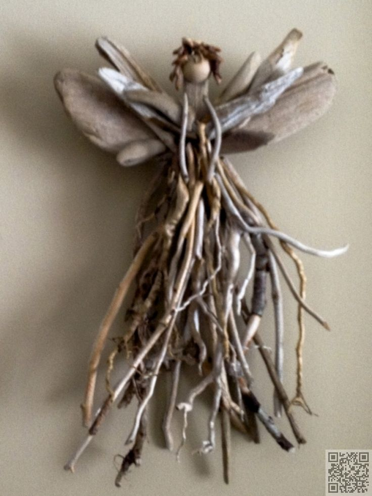 22. #Driftwood Angel - 34 Driftwood #Crafts to Give a Beachy Feel to Your Home ... → DIY #Photopost