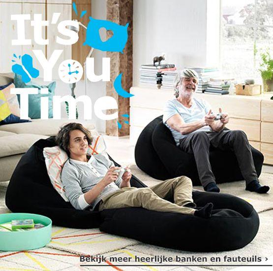 Samen relaxen op heerlijke banken of stoelen, of een zitzak