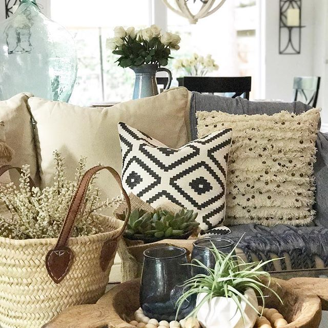 Happy Wednesday! I love playing with neutrals and textures, layering and combining different styles together. I added a little blue...but to me blue is a neutral too! Mini vintage French market basket from @vivietmargot (for 10% off use code TWINS10)#thedesigntwins #myfavpicfriday . . . #vintagedecor #mydecorhaven #modernfarmhouse #mydecorvibe #cottagestyle #mycottageinstincts #interiorlove #interiorinspo #interiordecor #pursuepretty #myneutralwednestday #myneutralspace #myneutralnest #be...