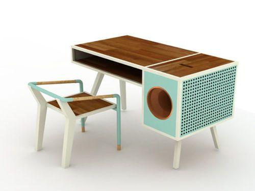 Soundbox: ce bureau vintage cache un astucieux dock smartphone