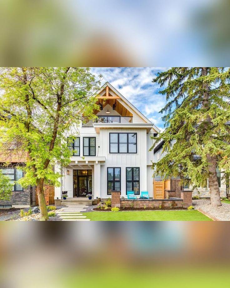 modern #farmhouse designed in 2017 by Trickle Creek : #Calgary #Canada : Trickle Creek Designer Homes