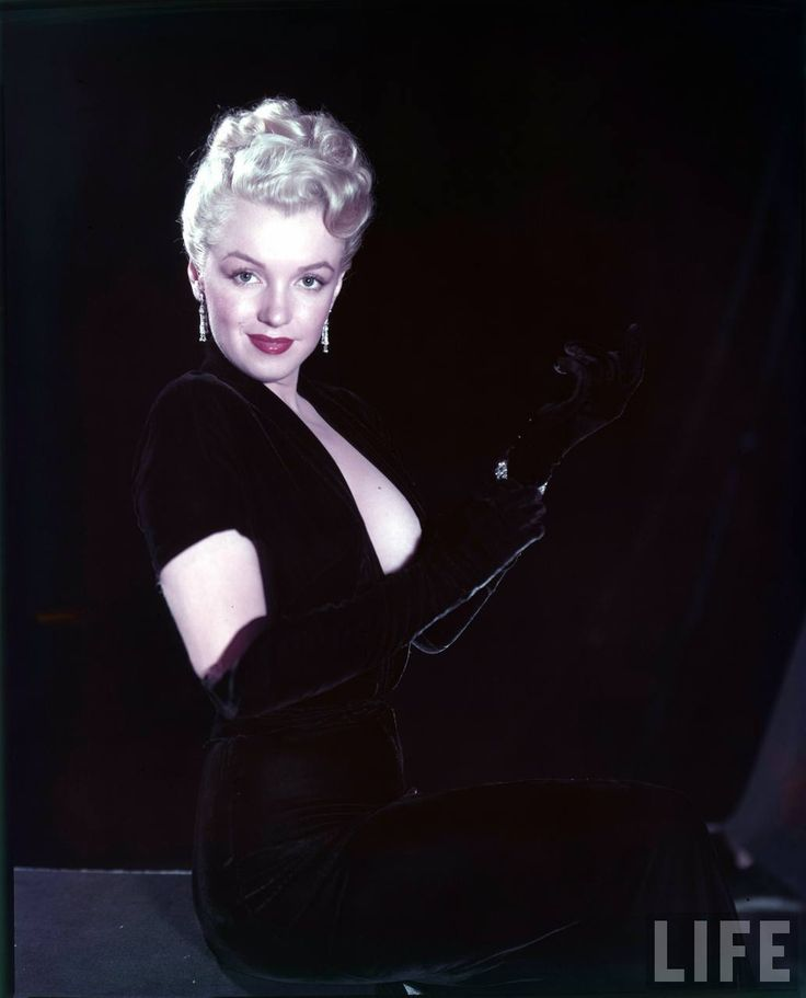 Marilyn Monroe / Мэрилин Монро. Фото.. Обсуждение на LiveInternet - Российский Сервис Онлайн-Дневников