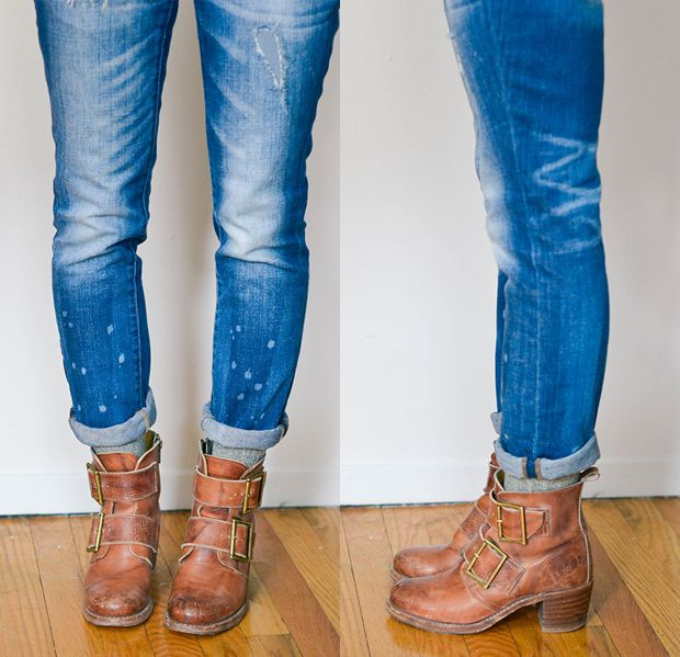 How to: socks with booties. MENSWEAR INSPIRED! Make sure the socks are slightly exposed, either by wearing cropped jeans or by rolling your pants a touch. This look is great with skinny jeans or boyfriend jeans. I also love it with loafers instead of booties!