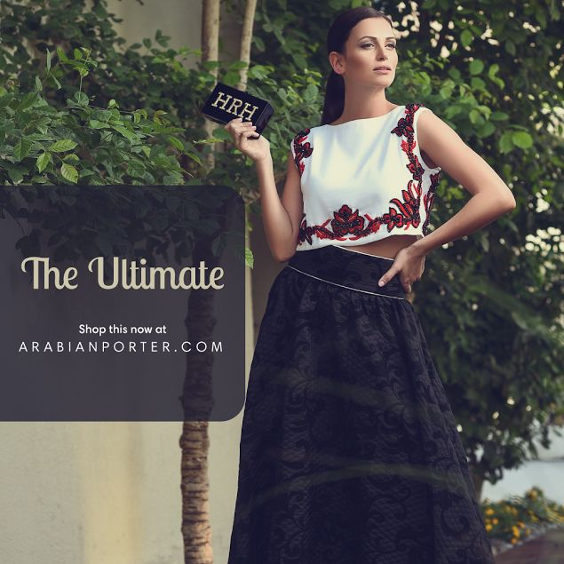 Buy this #Fabulous set now at Arabianporter.com #Onlineshop based out of #Qatar #Doha #worldwide #shipping #luxurious #collections from #best #designers around the globe #Dubai #Kuwait #Bahrain #Saudiarabia #Riyadh #Sharjah #Abudhabi #Oman #Muscat #Kuwaitcity