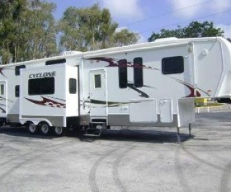 1000 Ideas About Used Toy Haulers On Pinterest Used Rv