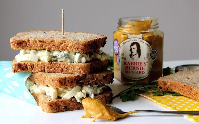 Sendvič s vejci a sýrem cottage