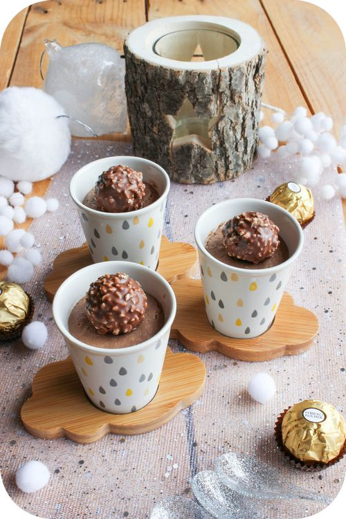 Alt: Crèmes aux Ferrero Rocher (1) Title:  Target: undefined Text: Petites crèmes aux Ferrero Rocher { Noël }