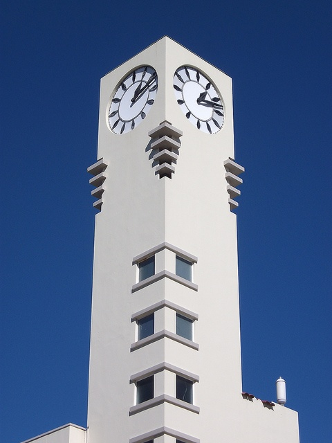 Civic Building, Lower Hutt, NZ by Deco Danny, via Flickr