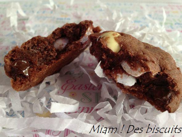 Biscuits pouding au chocolat & mini eggs