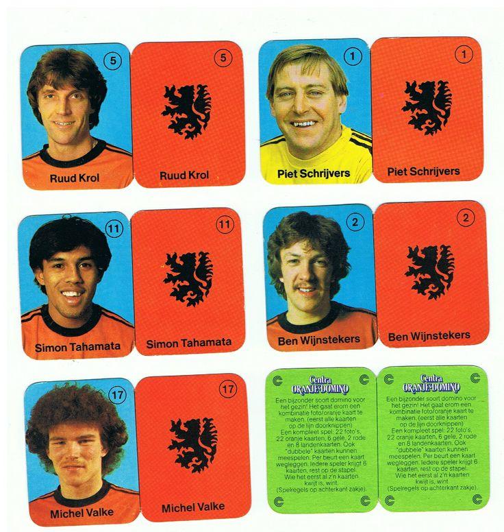 Oranje Domino-kaartjes, Centra Supermarkten. 1980. Met Ruud Kro,l Piet Schrijvers, Simon Tahamata, Bennie Wijnstekers, Michel Valke.